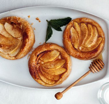 apple goat cheese and honey tartlets via epicurious