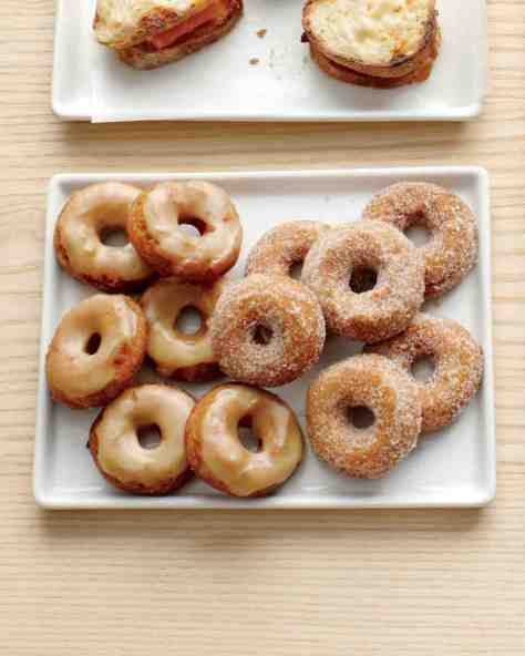 apple cider doughnuts via martha stewart