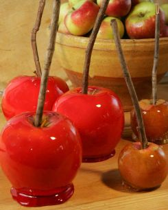 candy apples via pinterest