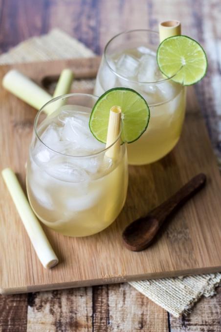fresh lemongrass tea via wanderlust kitchen