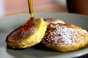 golden apple pancakes via smitten kitchen