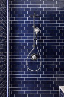 midnight blue bathroom tiles via thehousethata-mbuilt