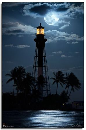 midnight blue lighthouse via dontcallmebetty tumblr
