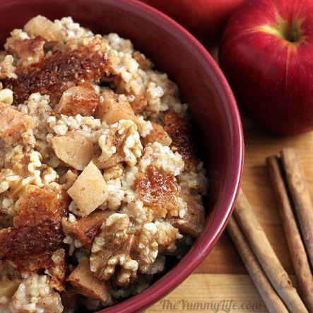 overnight apple cinnamon oatmeal via the yummy life