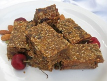 quinoa nut and protein bar via food and spice