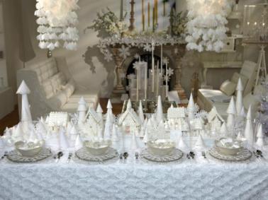 christmas tablescape via sandra lee