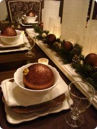 metallic christmas table via thrifty decor chick