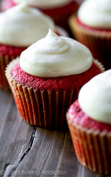 red velvet cupcakes via sallys baking addiction