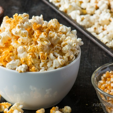 vegan cheesy popcorn via namely marly
