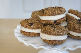 coconut chocolate chip oatmeal cookie sandwiches via kokonutkitch