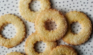 danish salted butter cookies via bon appetit