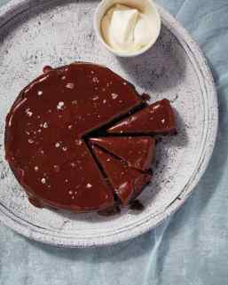flourless chocolate date cake w/caramel sauce via martha stewart