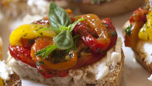 roast peppers and goat cheese canapes via organic tuscany