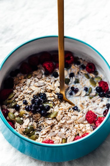 superfood muesli via faring well