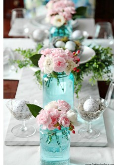 blue mason jar table via setting for four