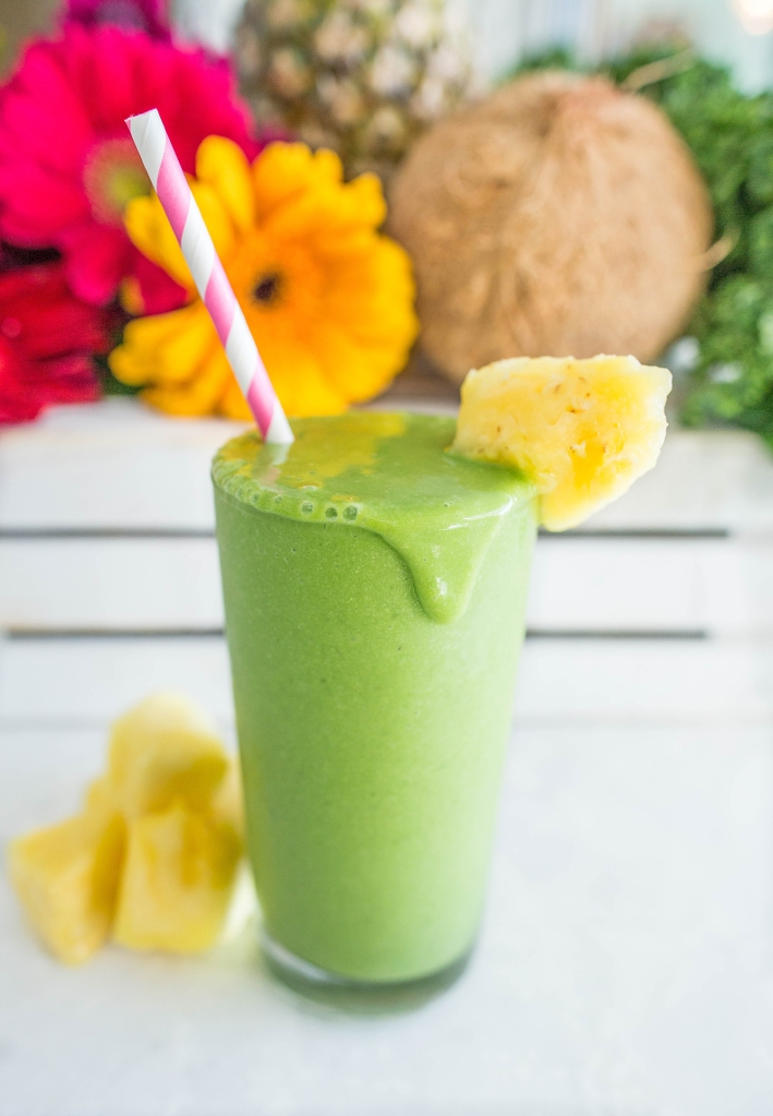 coconut kale beauty smoothie via tone it up