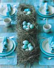 marbelized egg table setting via martha stewart