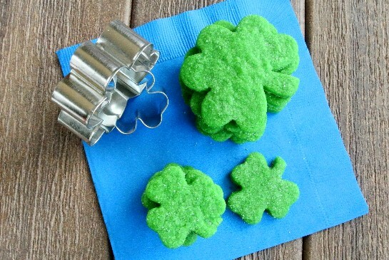 vegan shamrock cookies via vegan in the freezer
