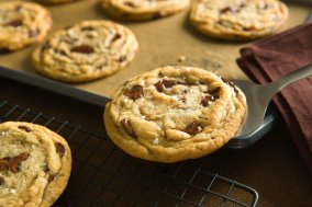 chocolate chip cookies with sea salt via nytimes cooking