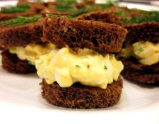 egg salad tea sandwich via spark people