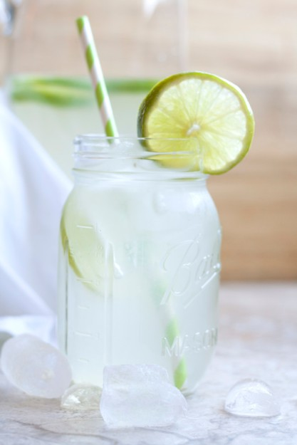 fresh limeade via latin meets lagniappe