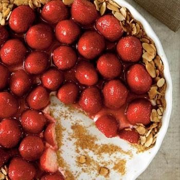 strawberry almond cream tart via cooking light