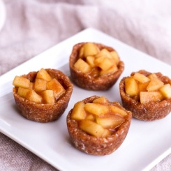 raw mini apple pies via eating bird food