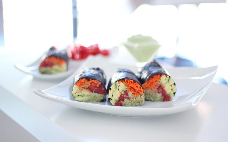 raw vegan nori rolls with cilantro sauce via the global girl