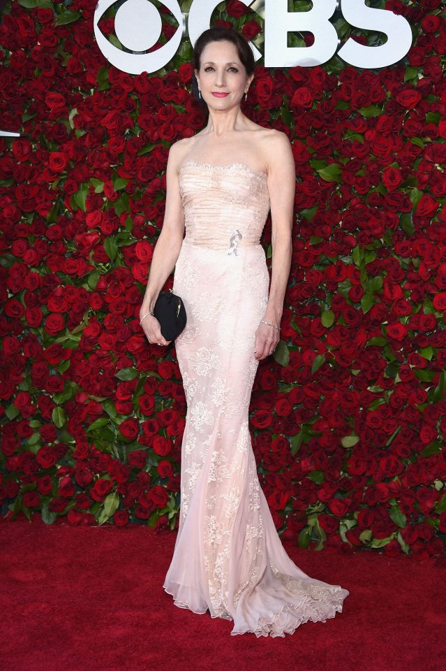 tony awards 2016 - bebe neuwirth via yahoo
