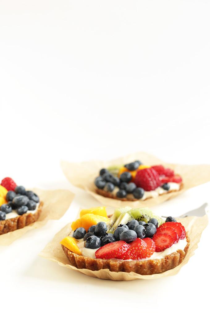 Watch Mini Cherry Berry Pies video