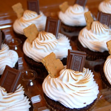 smore cupcakes via chef mommy