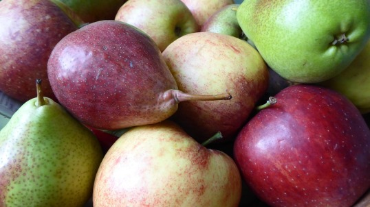 apples-and-pears-free-image-via-pixabay