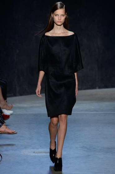 narciso-rodriguez-spring2017rtw-look21-via-vogue-runway
