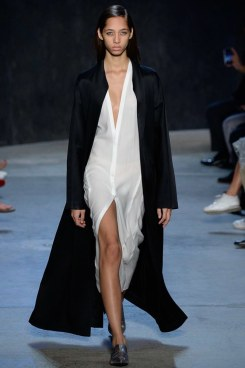 narciso-rodriguez-spring2017rtw-look26-via-vogue-runway