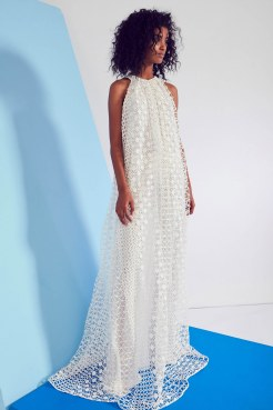 novis-ss17-look-21-via-vogue