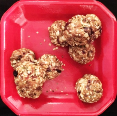 peanut butter cranberry energy bites (modified) via a sweet pea chef