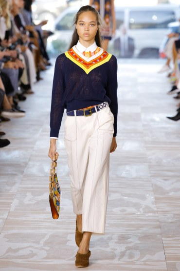tory-burch-spring2017-rtw-look28-via-vogue-runway