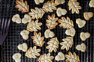 nutmeg-maple-butter-cookies-via-smitten-kitchen