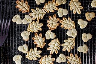 nutmeg-maple-butter-cookies-via-smitten-kitchen