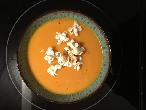 vegan-butternut-squash-apple-soup-image-via-thesugarapple-recipe-modified-from-the-roasted-root