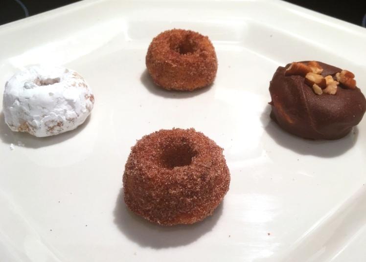 mini-doughnut-flavors-side-view-via-the-sugarapple