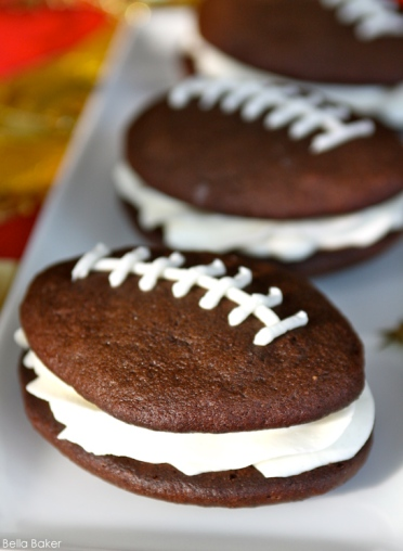 football-whoopie-pies-via-the-cake-blog