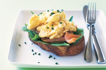 scrambled-eggs-with-smoked-salmon-chives-via-taste-com-au