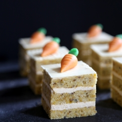 mini carrot cakes via baking my way through germany
